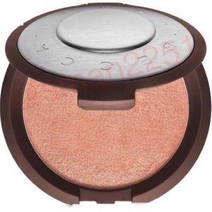 💛NEW💛BECCA Shimmering Skin Perfector Highlighter